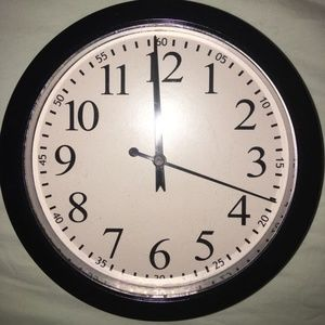 Other - Black Plastic Round Wall Clock